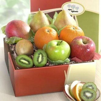 Коробочка с апельсинами, киви и манго